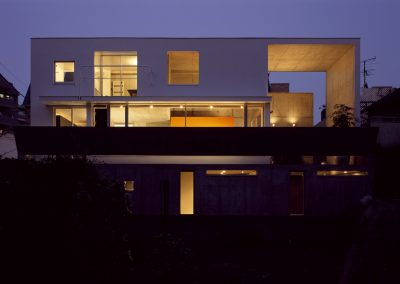 Concrete-home-by-Takuro-Yamamoto-Architects-overlooks-an-allotment-and-woods-near-Tokyo-6
